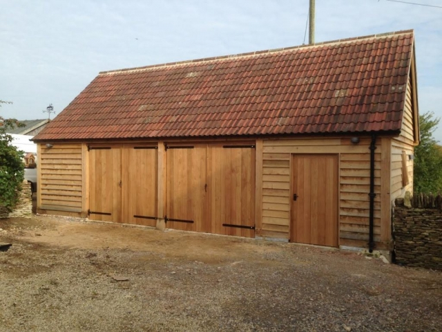 Triple bay oak framed garage enclosed