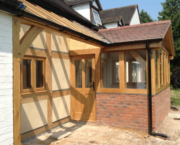 Oak framed conservatory with lean too