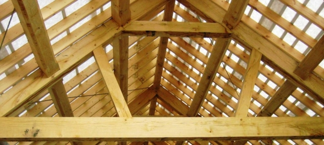 Queen post oak framed trusses
