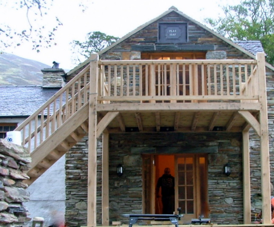 Oak Balcony kit in Snowdon