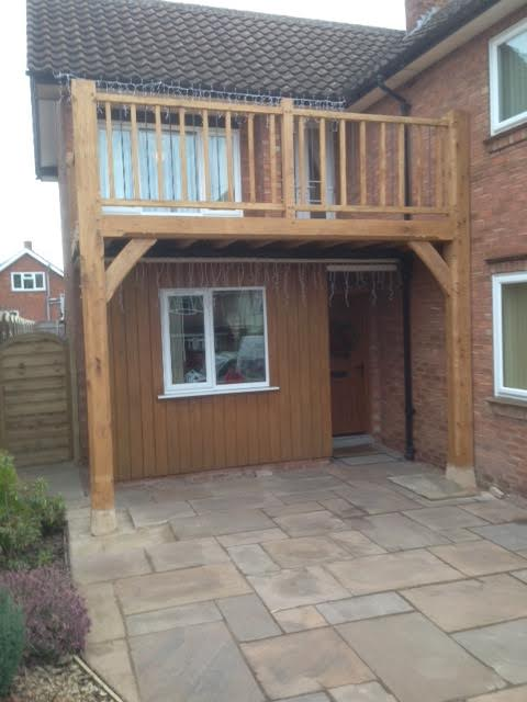 Oak balcony on a modern property in Hereford